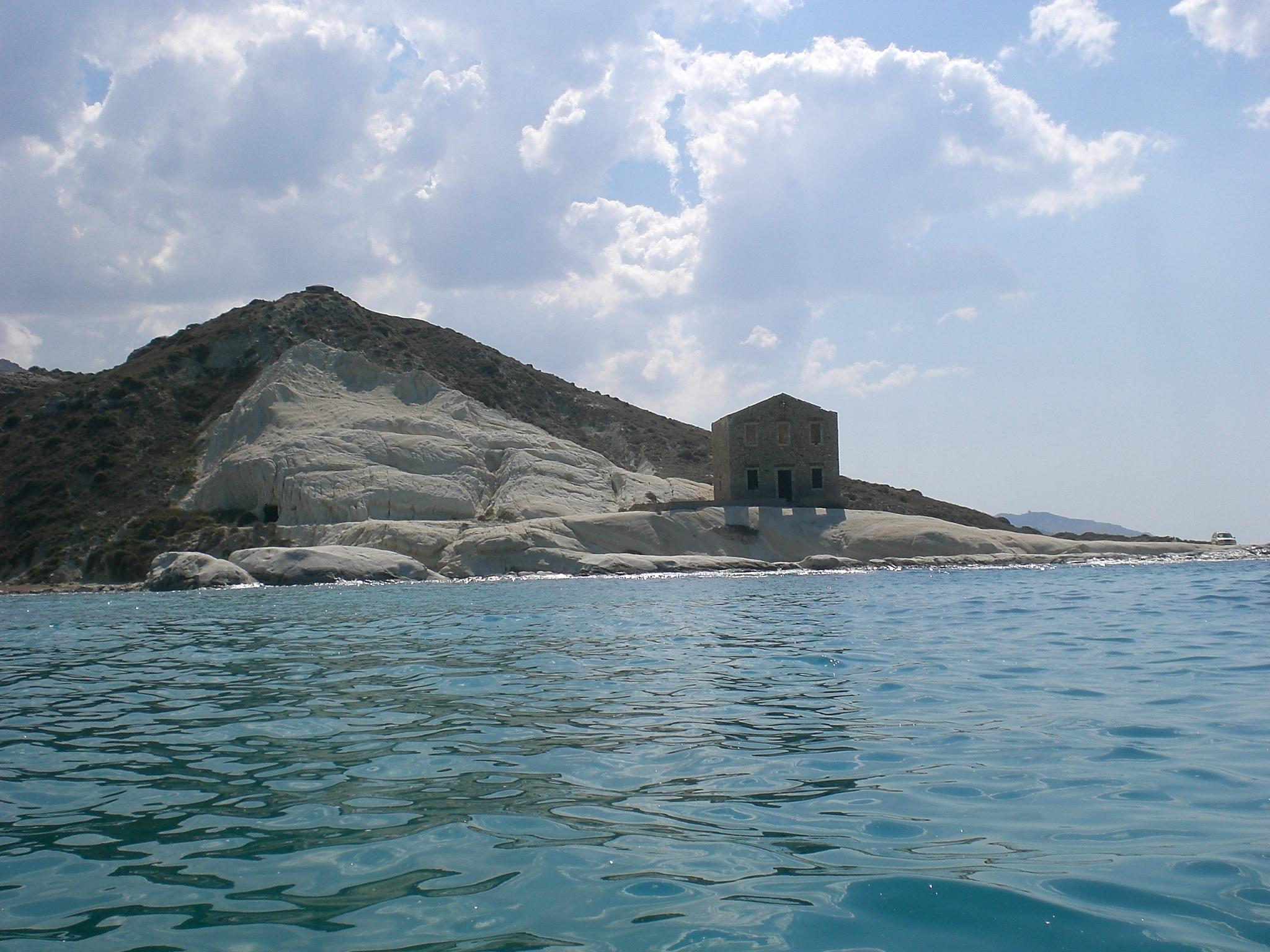 Punta_Bianca_LUPI_DI_MARE